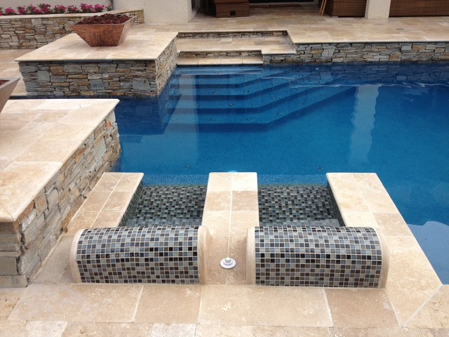 Roman Blend Walnut Travertine Pavers - Traditional - Pool