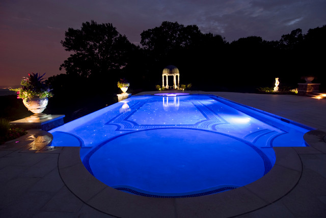 Roman End Swimming Pool Traditional Swimming Pool And Hot Tub