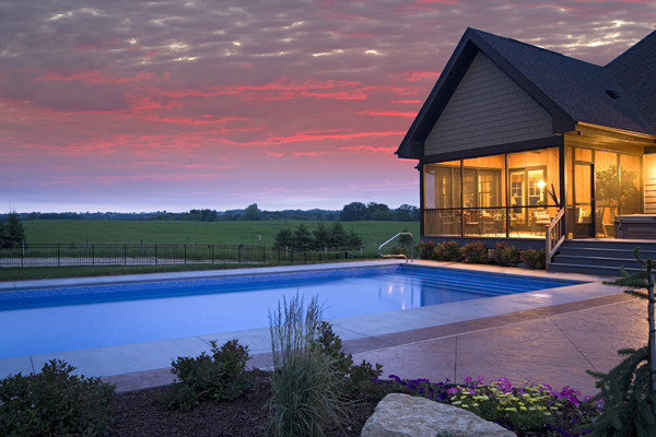 Royal Oaks Design, Inc. traditional-pool