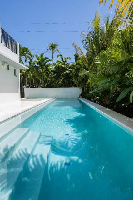 Royal Palm Residence Miami Beach Florida Modern Pool
