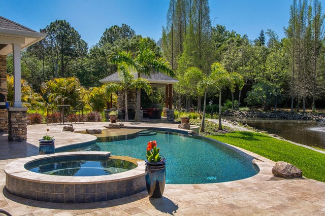 Safety harbor oasis traditional pool tampa by hyde for Pool design tampa