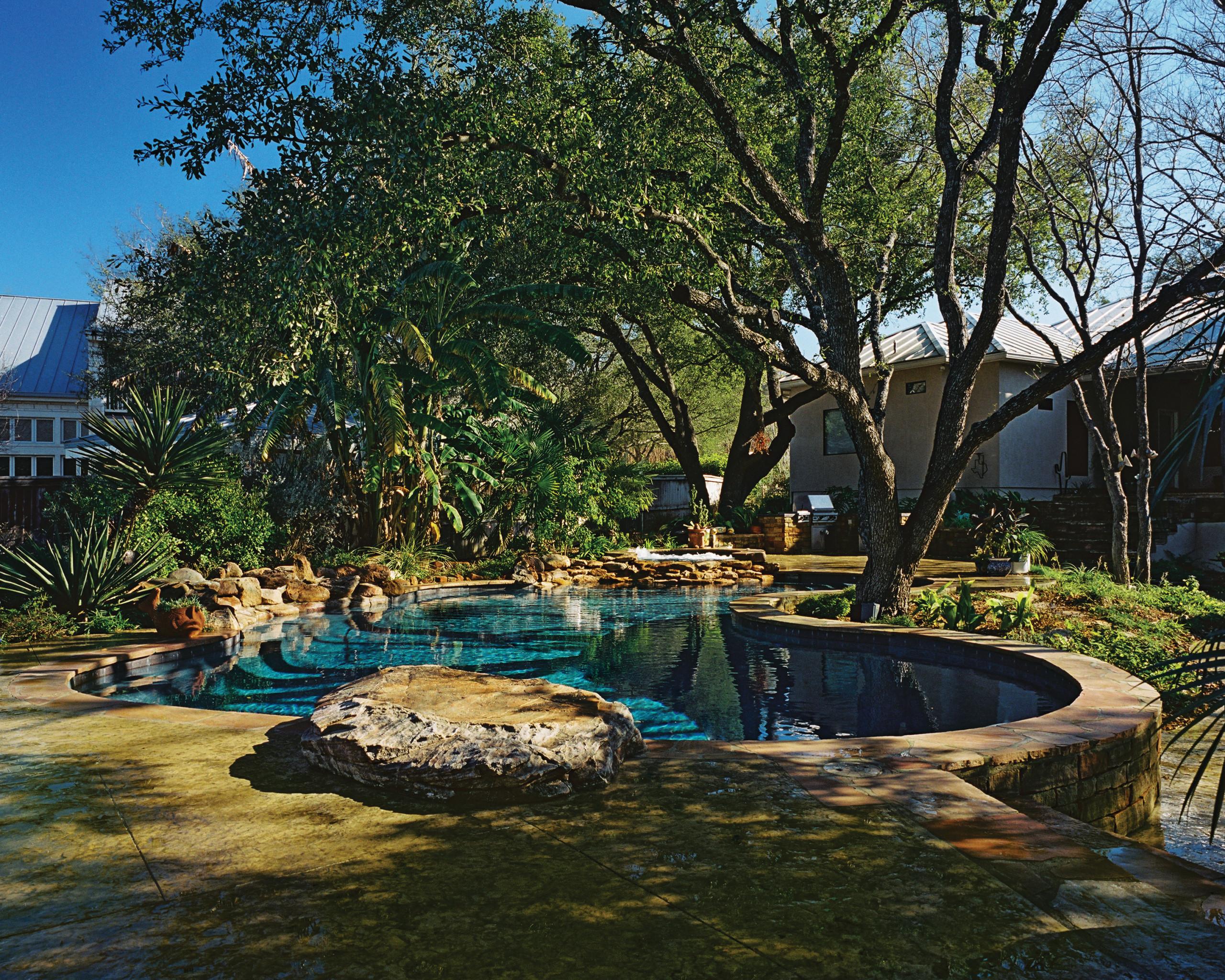 San Antonio, Texas Natural Pool/Spa/Waterfall/Outdoor Living