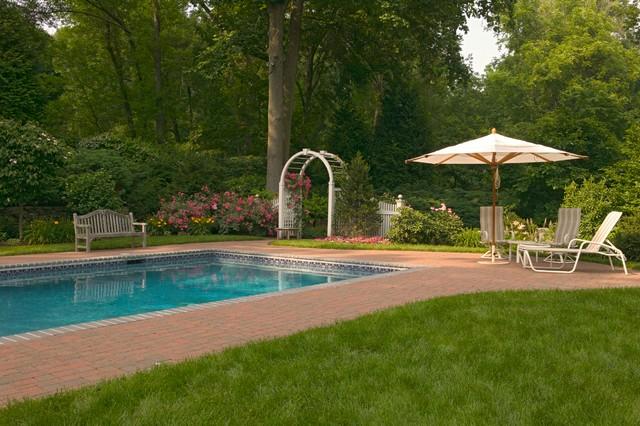 Sand Stream traditional-pool