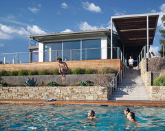 SantaTeresita contemporary pool