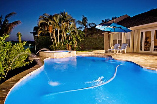 Saracini FreeformLagoon Pool Tropical Other