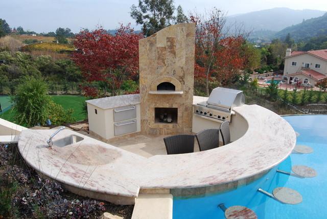 Saratoga Avant Garde contemporary-pool