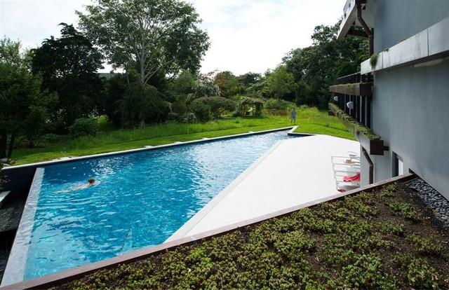 Sayres House Hanging Garden Modern Pool New York
