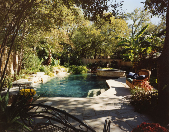 Scenic Drive Residence traditional-pool