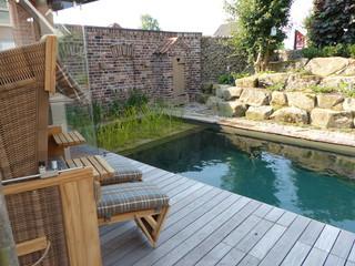 schwimmteich modern pools dortmund von gr n gr ner. Black Bedroom Furniture Sets. Home Design Ideas