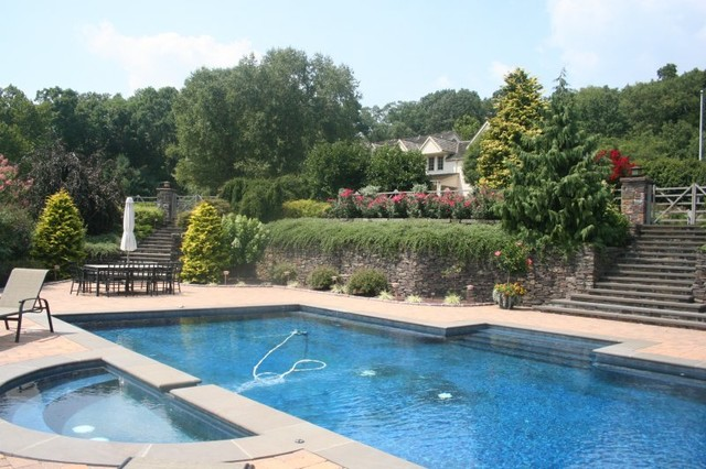 Sergeantsville Home traditional-pool