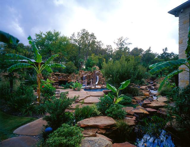 Slides tropical-pool