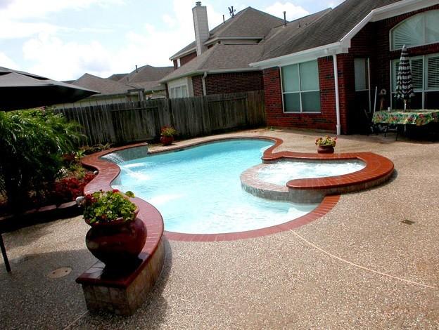 Small Backyard Custom Swimming Pool - Traditional - Pool ... on Custom Backyards id=28385