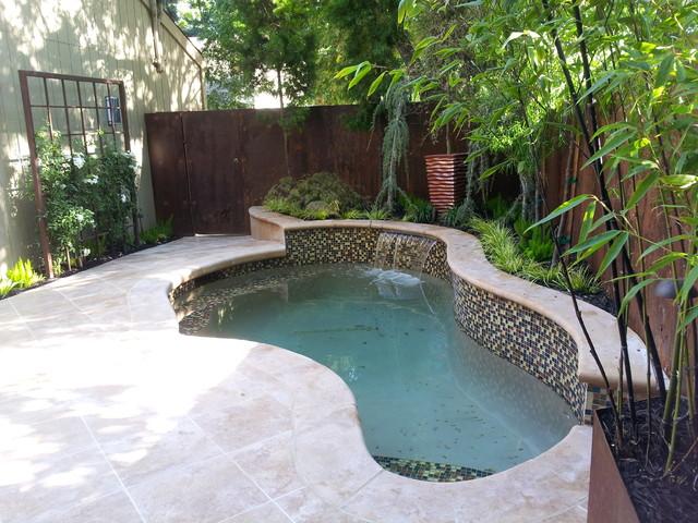 Small Intimate Courtyard Backyard Traditional Pool