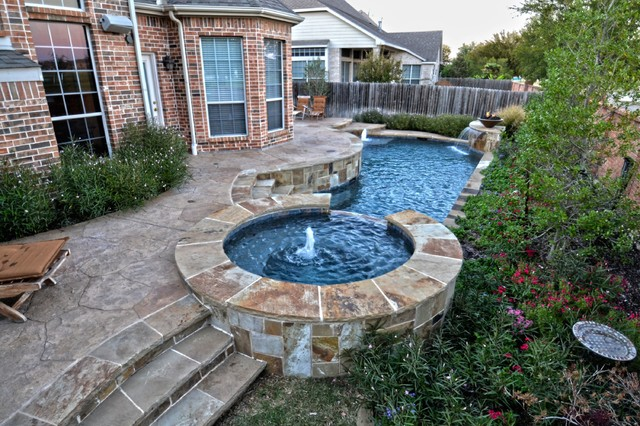 Small rustic geometric pool spa contemporary for Small hot tubs for small spaces