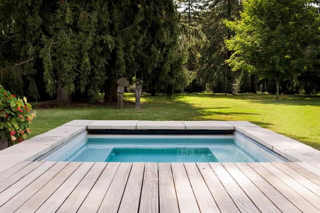 Soper place ottawa contemporary pool ottawa by for Pool design ottawa