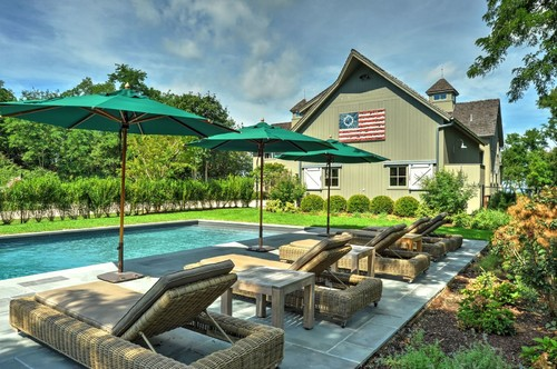 farmhouse-pool Best Outdoor Wicker Patio Furniture
