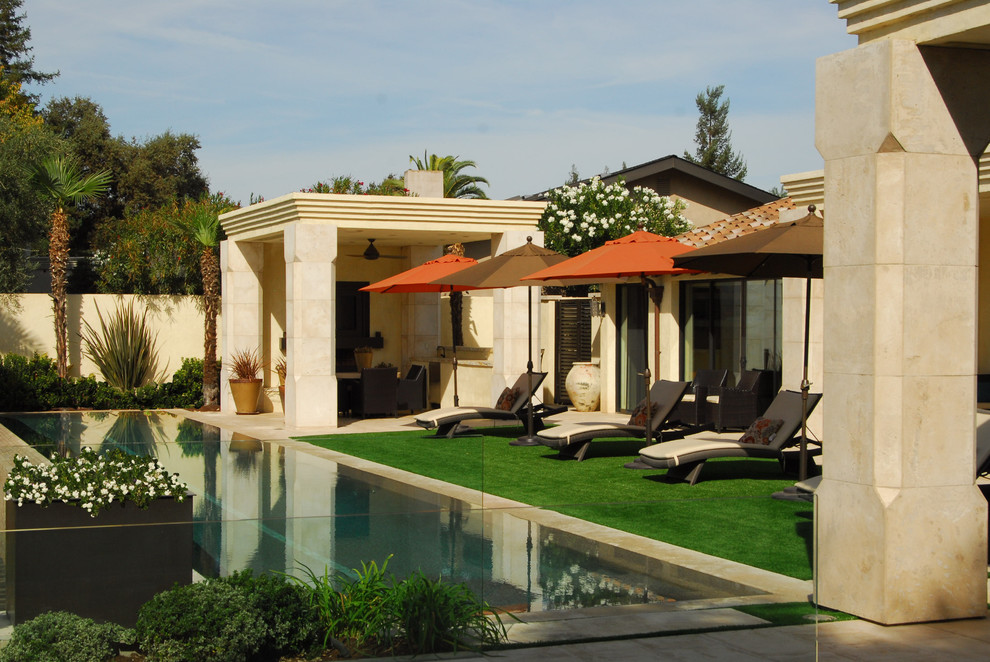 Example of a tuscan infinity pool design in Sacramento