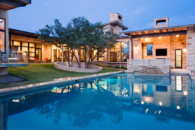 Spanish Oaks Custom Contemporary Contemporary Pool