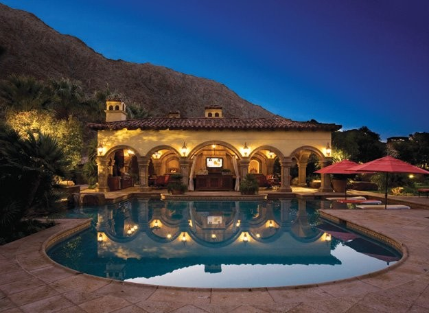 Spanish Style Poolhouse