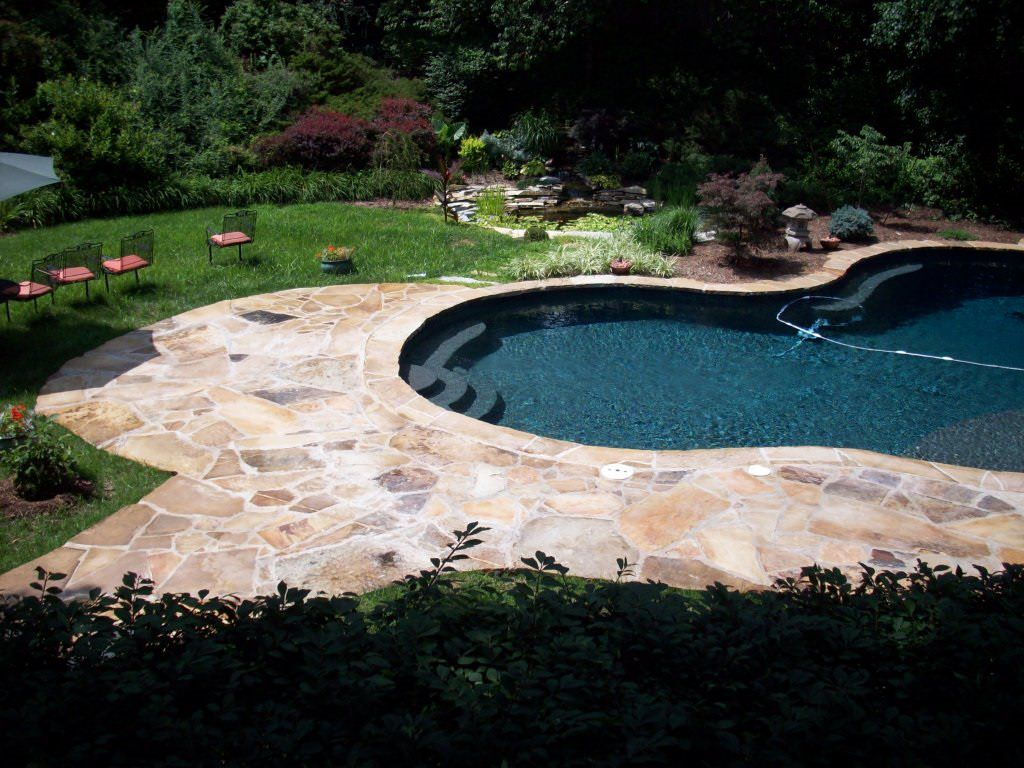 St. Charles, Missouri Custom Flagstone Masonry Pool Deck