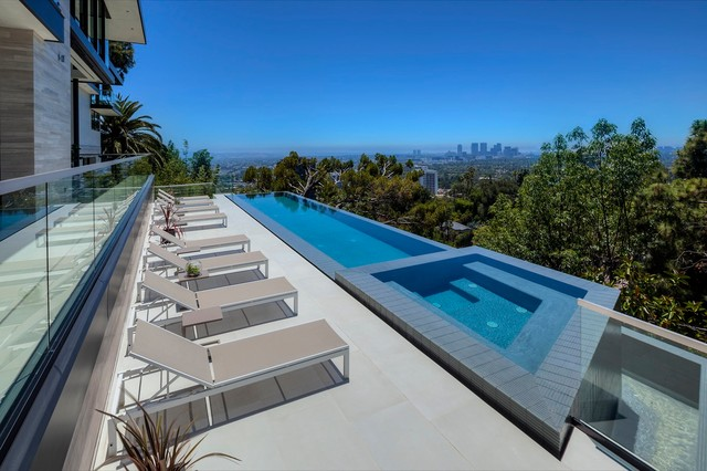 St ives infinity pool modern swimming pool hot tub for Pool design los angeles ca