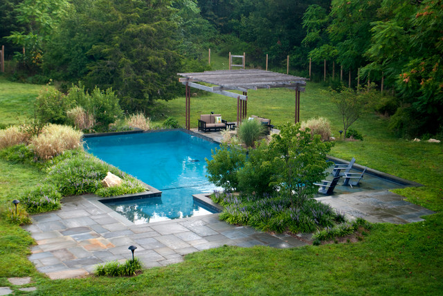 Strong Geometric Pool In Warwick NY