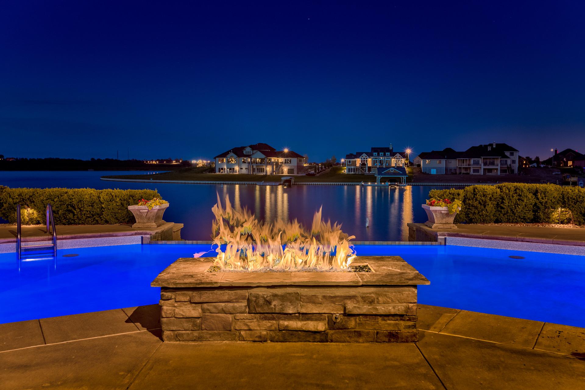 Stunning Lakefront Home - Newport Landing