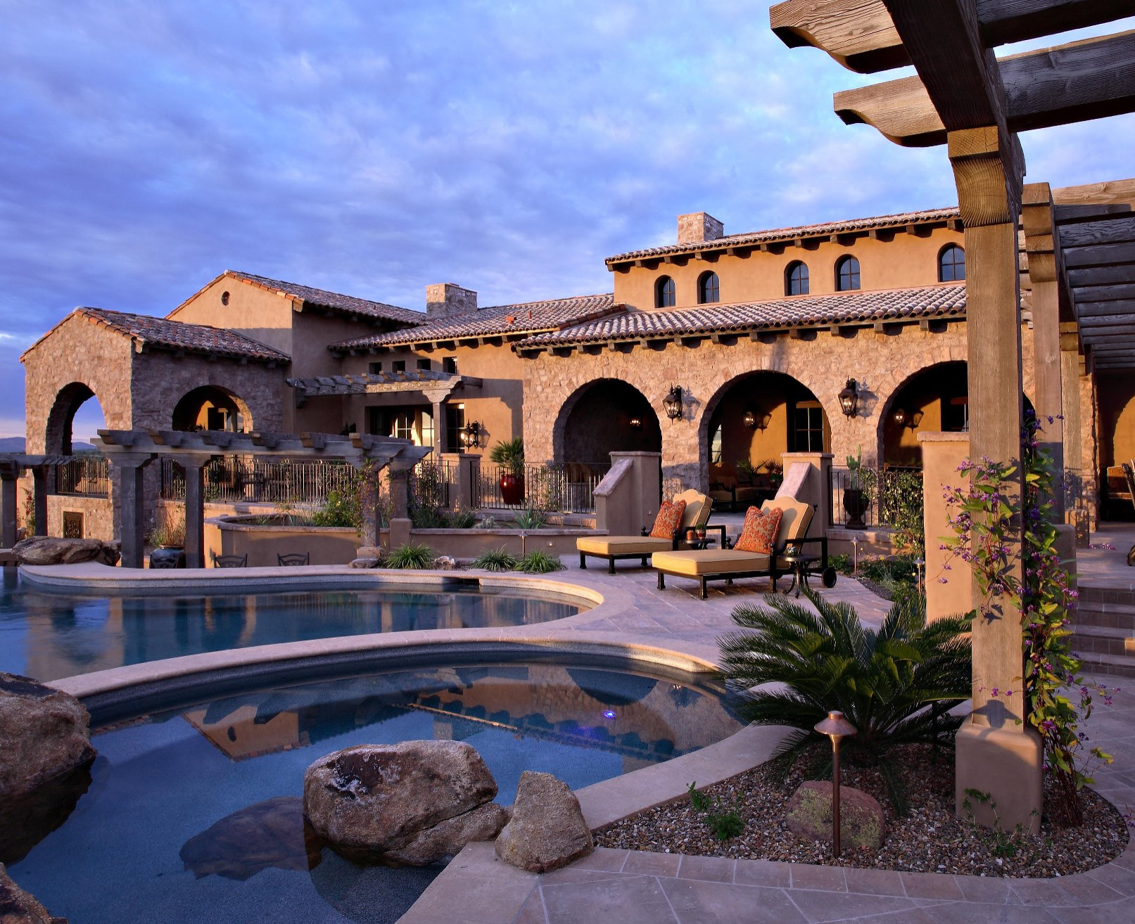 Superstition Mountain--Private Resort Living