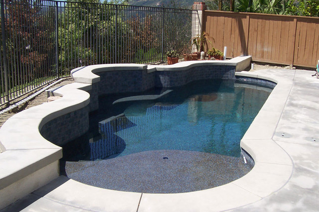 Swan Pools Swimming Pool Company Aesthetics Cantilever Coping Traditional Pool