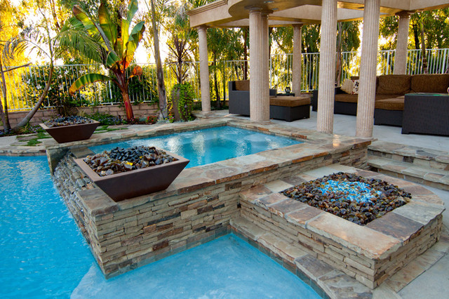 Swan pools swimming pool construction company transitional pool orange county by swan for Swimming pool construction company
