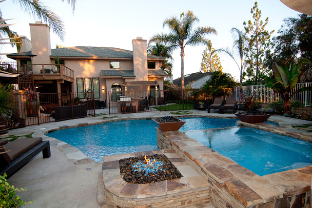 Swan Pools Swimming Pool Construction Company Traditional Pool Orange County By Swan