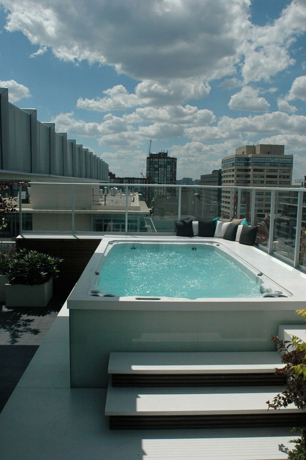 75 Beautiful Rooftop Pool Pictures Ideas July 2021 Houzz