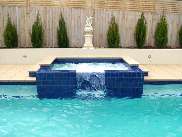 Swimming pool modern pool melbourne by blogger for Outdoor furniture kawana