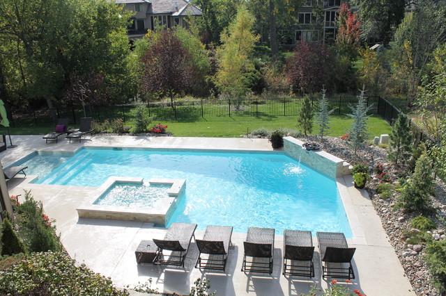 Swimming pools modern pool kansas city by banks for Best pool builders in kansas city