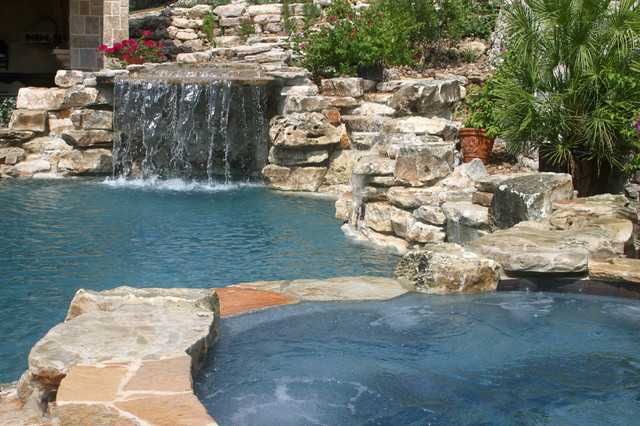 Swimming pools by Stadler Custom Homes eclectic-pool
