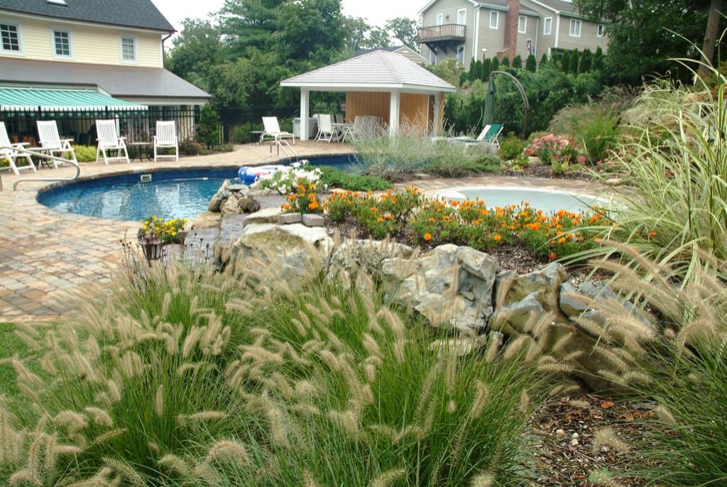 Swimming Pools, Hot Tubs, Jacuzzi Spas & Waterfalls