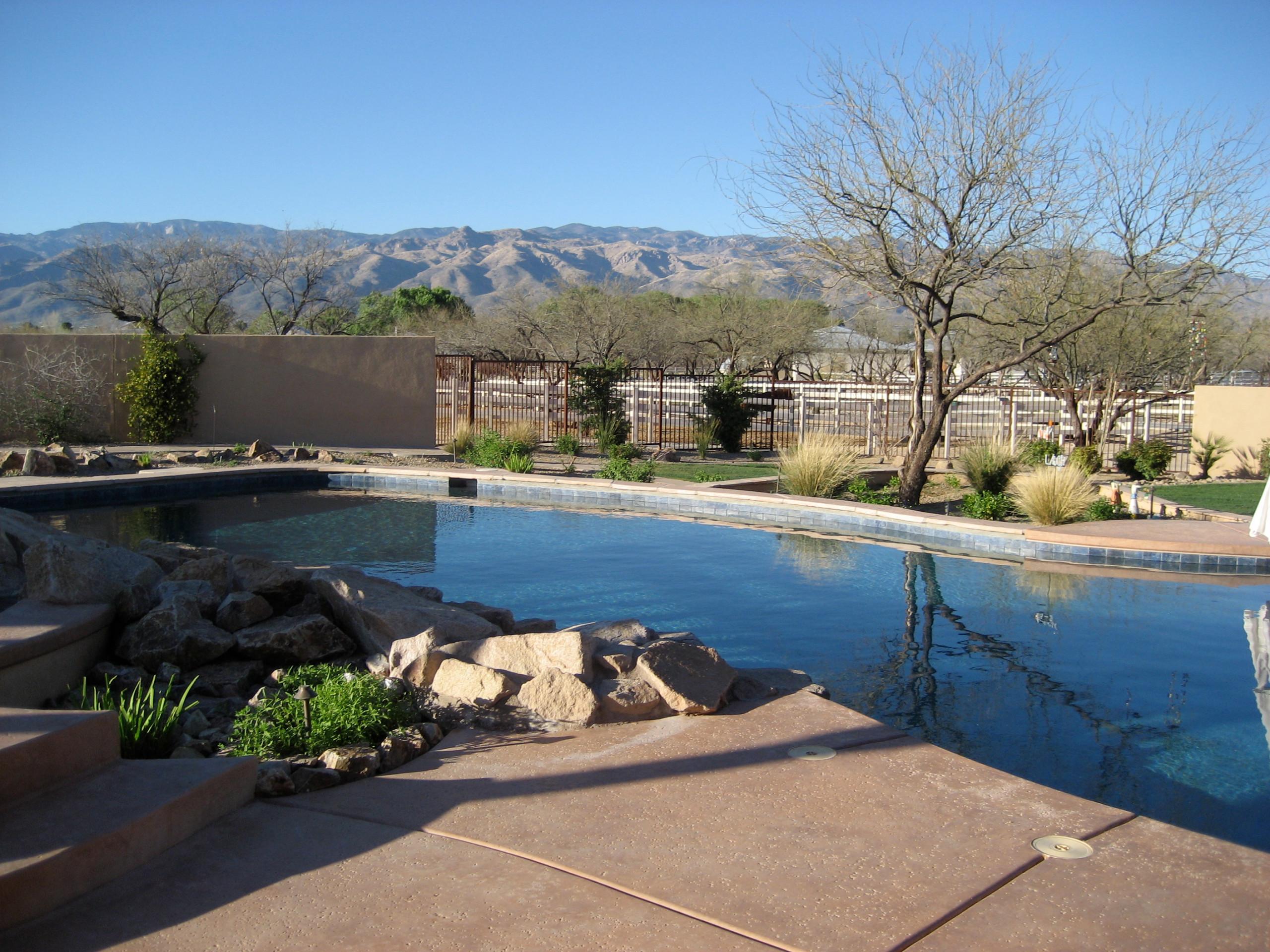 Tanque Verde Pool
