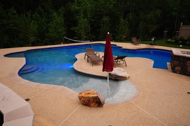 The glens contemporary pool washington d c av for Pool design washington dc