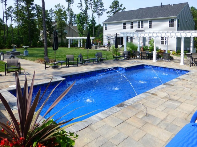 The highlands pool and pergola paradise chesterfield for Pool design richmond va