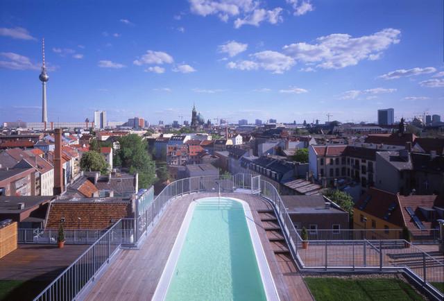 Poolbau Berlin torstraße 140 modern pools berlin carlos zwick architekten
