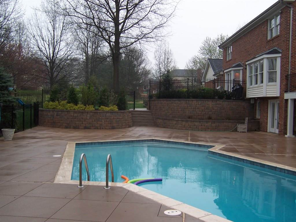 Town and Country, Missouri Colored Concrete Pool Deck