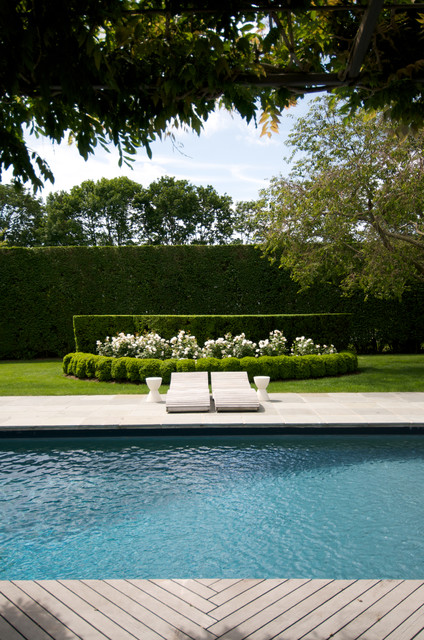 Toylsome Lane Southampton Village New York Traditional Pool New York By Lear Mahoney