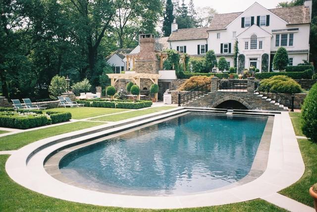 1 traditional-pool