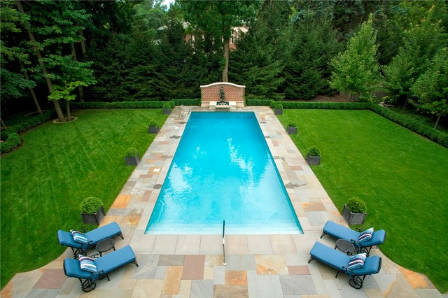 Traditional Estate Garden traditional-pool