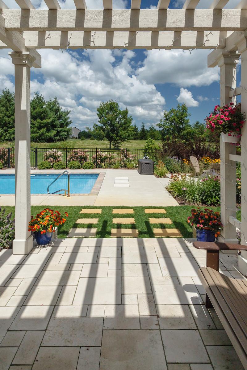 Traditional Pergola & Pool - Cedarburg