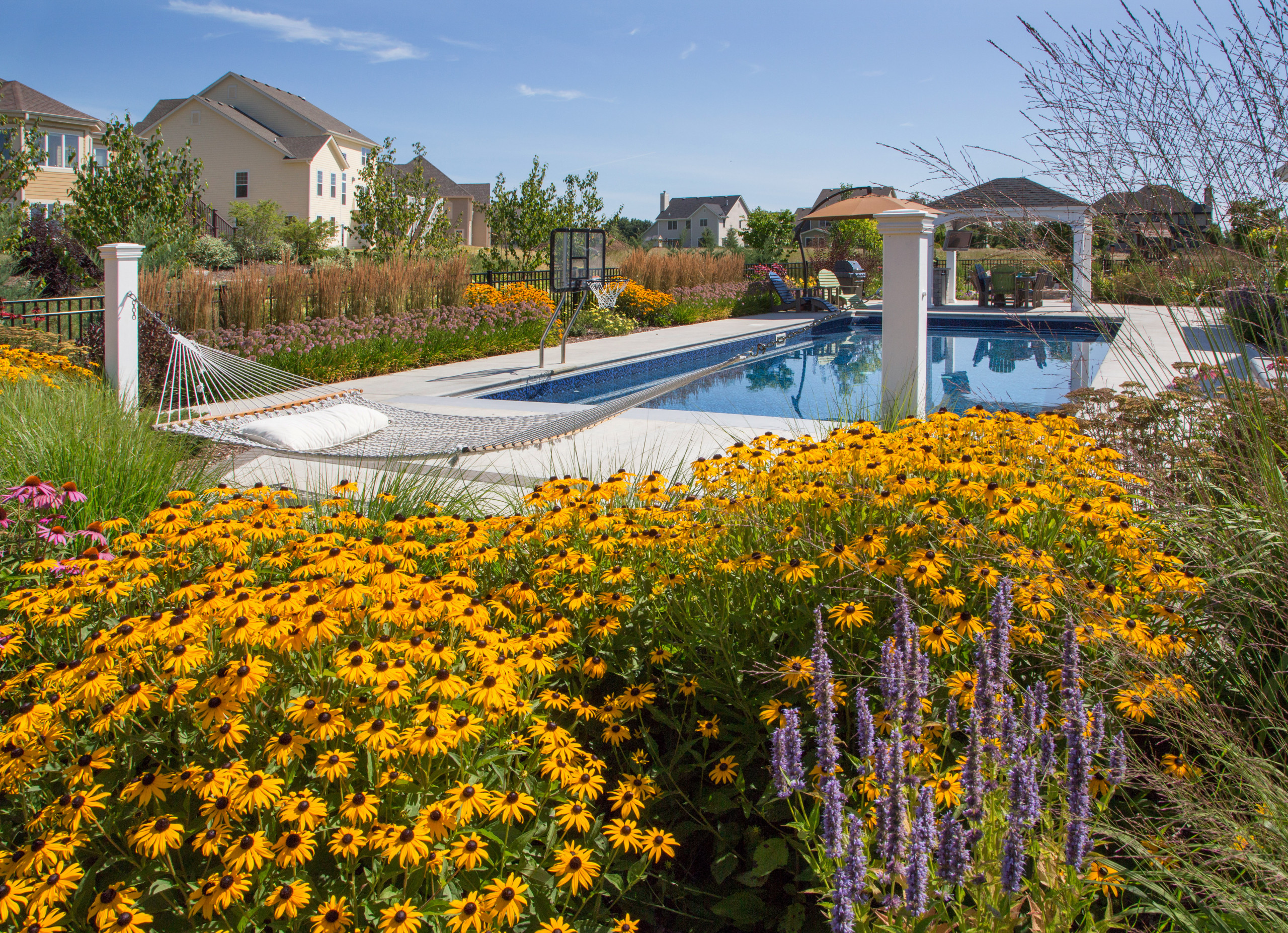 Traditional Pool and Hammock - Cedarburg