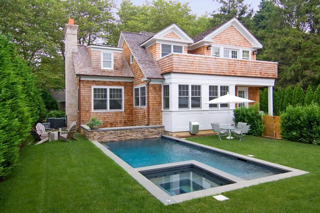 East Hampton traditional-pool