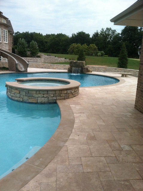 Travertine pool deck mediterranean pool cincinnati for Mediterranean deck designs