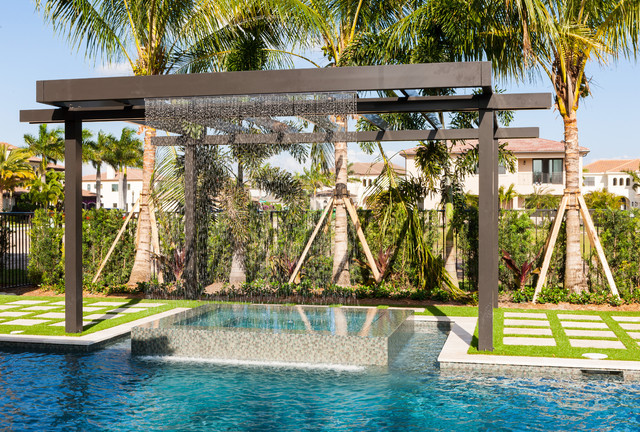 Trellis pergolas contempor neo piscina miami de coastal screen and rail - Pergolas para piscinas ...