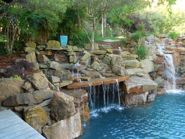 Tropical oasis as seen on animal planet the pool master for Garden oases pool